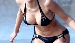 Kennedy-Summers-Wears-A-Bikini-For-138-Water-In-Malibu-03-675×900