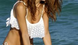 maria-menounos-white-bikini-15-830×1106