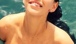 Jessica-Lowndes-Shows-Us-Her-Bikini-13