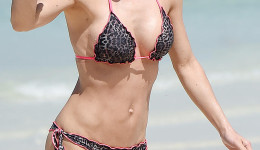 EXCLUSIVE: Michelle Hunziker spotted in bikini in Dubai
